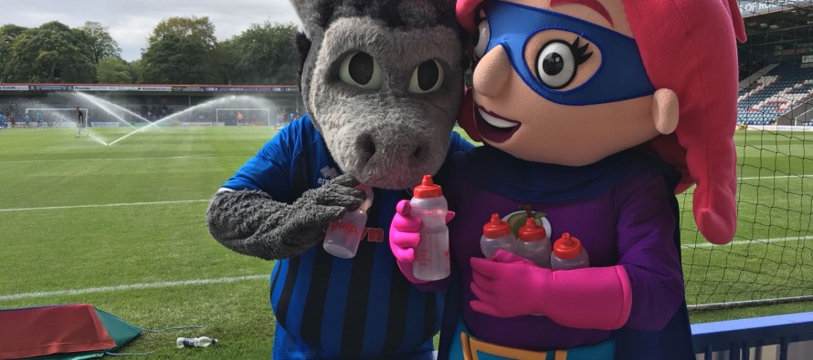 Rochdale AFC Mascots help children to #GiveUpLovingPop