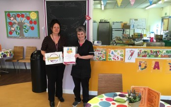 New Healthier Choices Award launched to support breastfeeding, bottle-feeding and infant feeding mothers in Blackpool